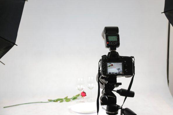 camera-dslr-light-106011